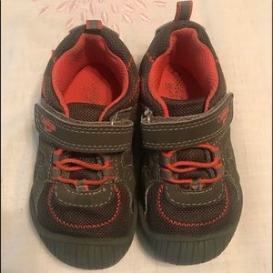 OshKosh B'gosh Sneakers Kids